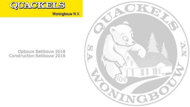 Grijs-wit logo Quackels Woningbouw.