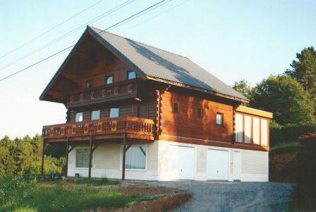 Houten chalet gebouwd door Quackels in de Ardennen