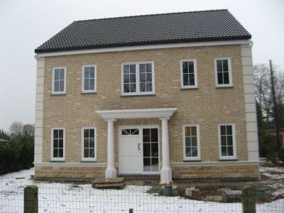 Woning met afdak gebouwd door Quackels Woningbouw
