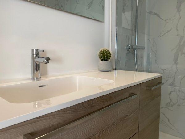 Detail van marmeren Quackels badkamer